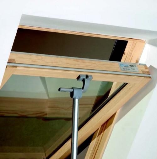 Tetőtéri ablak távnyító rúd